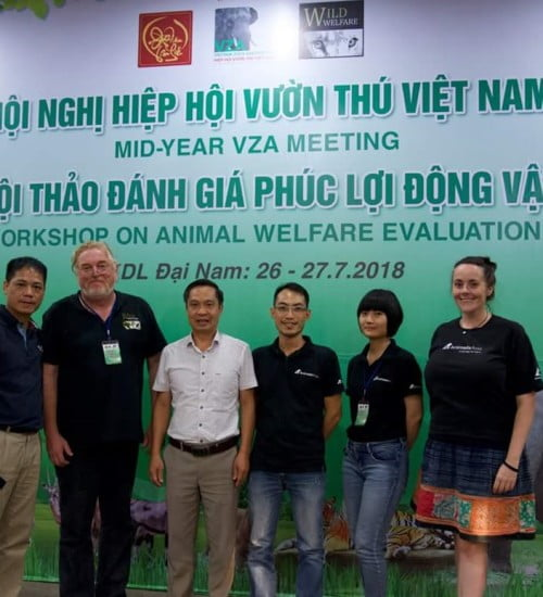 Wild Welfare partners Animals Asia and the Veietnamese Zoo Association at a joint meeting